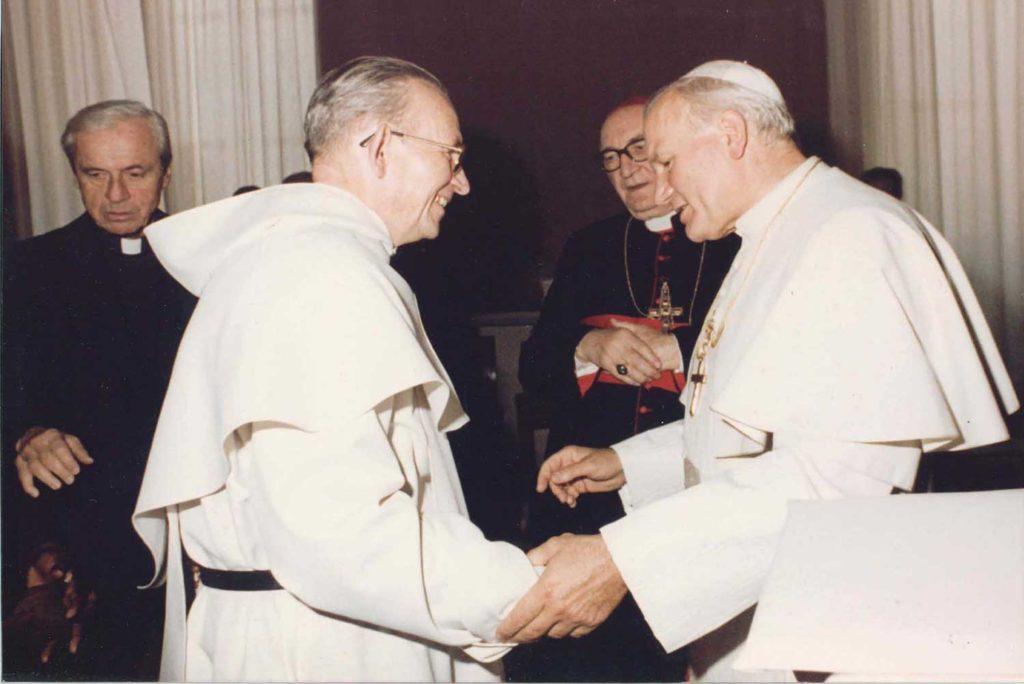 Marie-Joseph Le Guillou, en audiendia con Juan Pablo II.
